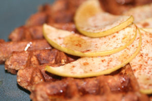 Low carb belgian waffle recipe with apple and cinnamon